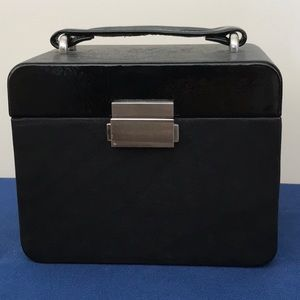 """Fossil Travel Leather Jewelry Box 5 1/4"""" h insert"""